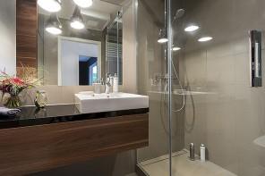 J-L Artibat réalise la création de douche italienne sur Angers, Trélazé, Avrillé, Beaucouzé en région angevine.