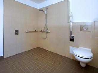 J-L Artibat réalise la création et l'aménagement de salle de bains pour sénior et handicapés en région guérandaise