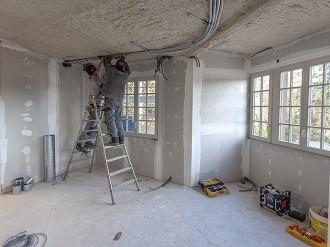 J-L Artibat réalise la mise aux normes électriques de votre maison ou appartement en région angevine
