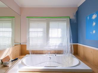 J-L Artibat assure la peinture et le relooking de salles de bains sur Angers, Trélazé, Avrillé, Beaucouzé (49).