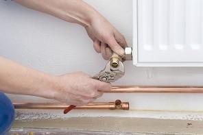 J-L Artibat assure la pose de votre circuit de chauffage et vos radiateurs à eau sur Angers, Saint-Nazaire, Beaucouzé, Angers...